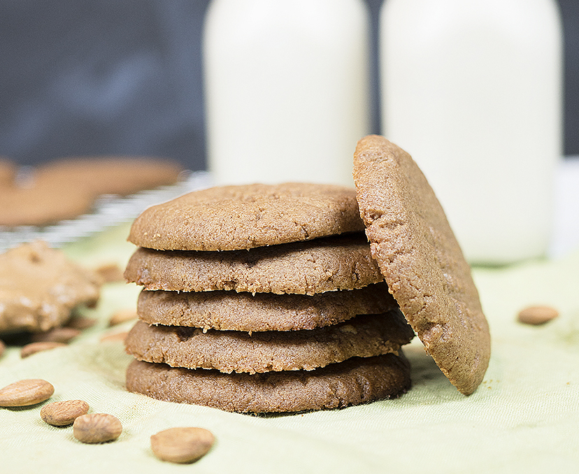 Low Carb Almond Butter Gingerbread Cookies